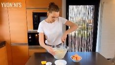 Υβόννη Μπόσνιακ: Έδωσε την καλύτερη συνταγή για… Cheesecake – Εσύ θα το φτιάξεις; | Gossip-tv.gr Cake Recipes, Cheesecake, Cooking, Easy Cake Recipes, Cheesecakes, Cherry Cheesecake Shooters, Cake Tutorial