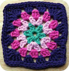 Stocki: The Beautiful Blogger Blanket - Squares from Hamilton, New Zealand!