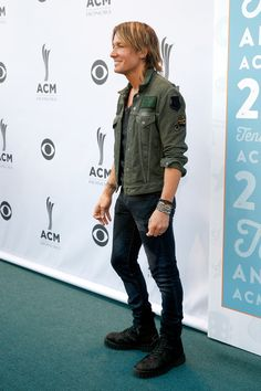 Singer Keith Urban attends 10th Annual ACM Honors at the Ryman Auditorium on August 30, 2016 in Nashville, Tennessee.