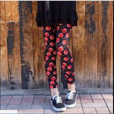 Tan Red Black Plaid CAPRI Women/'s Leggings OS One Size 2-12 Soft As LLR