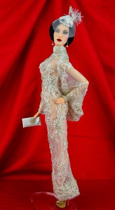 """""""Chablis"""" OOAK gown by Michael Scott Designs ... Made for Sybarite Gen 3:2 and Ficon dolls...  More photos... http://michaelscottdesigns.weebly.com/chablis.html"""
