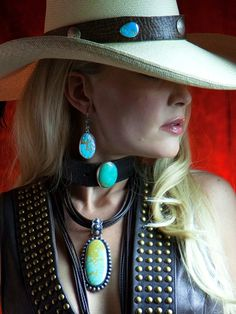 Leather essentials ..... Fox Nevada Blue Turquoise Leather Choker ...
