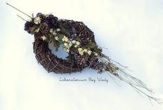 Wszystkich Świętych 2012 wieniec / wreath Funeral Flower Arrangements, Funeral Flowers, Funeral Sprays, Grapevine Wreath, Grape Vines, Wreaths, Decor, Nice Asses, Decoration