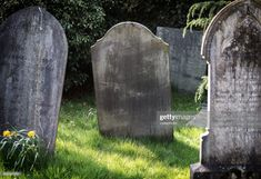 Eerie Tombstone Old And Forgotten Text Ready Gravestone Graveyard Stock Photos