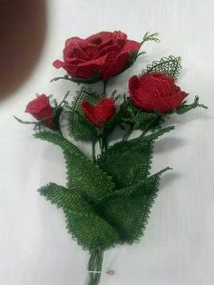 This Pin was discovered by Nur Needle Lace, Diy Flowers, Needlework, Strawberry, Fruit, Crafts, Jute, Streamer Flowers, Bias Tape