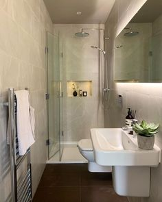 The Guest En-suite.Remodelling the first floor, we split one of the bedrooms to create The Guest En-Suite and The Family Bathroom. Simple Kitchen Design, Kitchen Designs, Family Bathroom, Small Bathroom, Bathroom Cleaning, Decorating Your Home, Modern, Bedrooms, Flooring