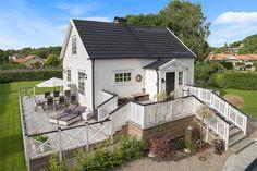 Åkerholmsvägen 1, Kullavik, Kungsbacka - Fastighetsförmedlingen för dig som ska byta bostad