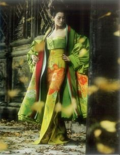 Actress Gong Li from Memoirs Of A Geisha. Wearing a beautiful kimono