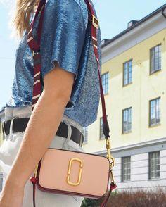 Marc Jacobs Snapshot Bag, Cloth Bags, Capsule Wardrobe, I Dress, Fashion Bags, Purses And Bags, Women Bags, Woman Fashion, Lady