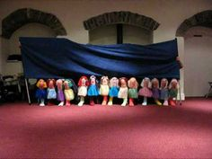 A New years party piece by severn dancers showing off thier knees Kids Talent, Talent Show, Funny Games For Groups, Preschool Crafts, Crafts For Kids, Christmas Skits, Show Dance, Montessori Activities, Funny Short Videos