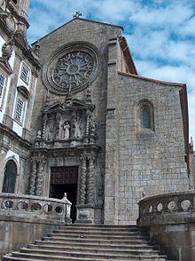Die Igreja de São Francisco (deutsch: Kirche des heiligen Franziskus) ist eine Kirche in der zu den Welterbestätten gehörenden Altstadtvon Porto in Portugal. Der Bau der Kirche wurde 1383 begonnen und 1425 vollendet.