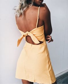 pinterest// ohdarlingblog_ , yellow dress, summer dress, styling summer dress, tie back dress
