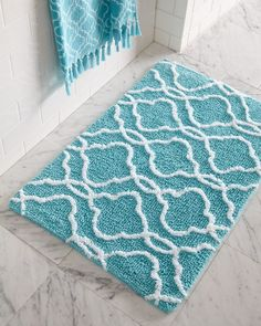 Lovely Turquoise Color Bathroom Rugs