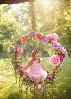 Hanging Hoop Swing Photography for Kids-Plans: 3rd Birthday Pictures, Girl 2nd Birthday, Cake Birthday, Birthday Ideas, Birthday Gifts, Swing Photography, Children Photography, Kids Birthday Photography, Pregnancy Photography