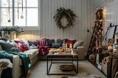 The Lexington Company is known for offering New England-inspired luxury designs in home textiles and apparel for men and women. Shop the latest Lexington home and fashion collections available online and in stores. Lexington Company, Lexington Home, Scandinavian Christmas Decorations, Scandinavian Home, Free Christmas Printables, Live In The Now, Christmas Home, Xmas, Christmas Inspiration