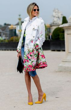 Pretty Floral Coat. Flowing into spring!
