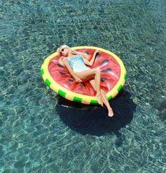 Slice of summer:: watermelon Floatie!