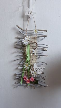 Wreath Crafts, Preschool Activities, Plant Hanger, Craft Projects, Jar, Wreaths, Origami, Home Decor, Craft Box