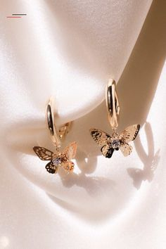 Romantic earrings - Our gold-plated romantic butterfly earrings . - Romantic earrings – Our gold-plated romantic butterfly earrings have small hoops and eye-catching - Ear Jewelry, Cute Jewelry, Gold Jewelry, Jewelry Accessories, Jewelry Necklaces, Jewlery, Jewelry Box, Vintage Jewelry, Jewelry Cabinet