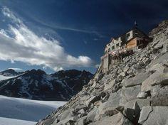 Buchtipp: 33 spektakuläre Hütten in den Alpen Wolkenhäuser von Mark Zahel - Reisebücher - Ratgeber-Reise