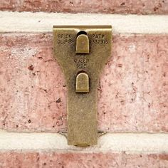 Brick clip