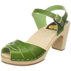 I had these in 1981!! in natural and the base was all wood - clickety clacked everywhere I walked!  I loved those shoes!