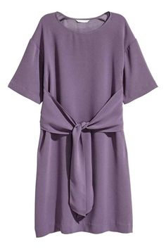 Dress with a tie - Purple - Ladies | H&M GB 1