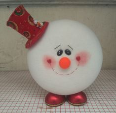 Christmas Table Decorations, Holiday Decor, Diy Craft Projects, Diy Crafts, Cds, Christmas Crafts, Christmas Ornaments, Halloween, Snowman