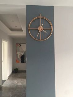 Modern Minimalist, Minimalist Design, Modern Design, Minimalist Wall Clocks, Antique Wall Clocks, Simple Lines, Design Crafts, Minimalism, House Ideas