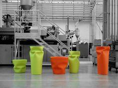 Saving/Space/Vase - Plust Collection, design Joe Velluto