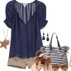 Short beige/ Top voile bleu marine / Sandale marrons