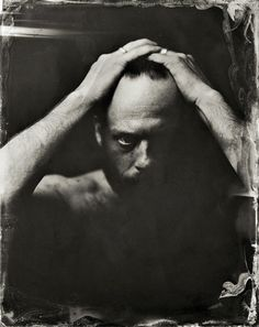 Photographer Victoria Will took photographs of celebrities at the 4014 Sundance Film Festival using a tintype camera and chemical development Celebrity Photography, White Photography, Inspiring Photography, Photography Ideas, Portrait Poses, Portrait Photography, Male Portraits, Celebrity Portraits, Photographic Film