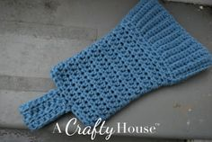 Crochet Boot Liners Pattern   A Crafty House: Knitting and Crochet Patterns and Crafts