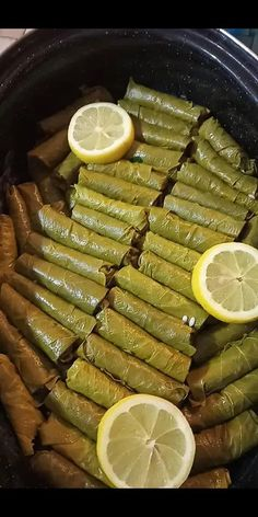 Raw Vegan Recipes, Greek Recipes, Vegetarian Recipes, Cooking Recipes, Vegetarian Appetizers, Palestinian Food, Greek Gyros, Snap Food, Healthy Eating Tips