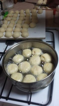 donuts that my mother has been making for years, are soft, melt in the mouth, s . Donut Recipes, Bread Recipes, Cake Recipes, Dessert Recipes, Cooking Recipes, Polish Desserts, Polish Recipes, Muffins Frosting, Ukrainian Recipes