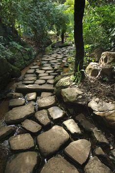 Simple cobblestone .. Inviting