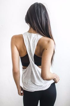 Phases Tank - Pearl Grey.