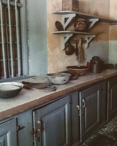 Love... #svindersvik Old Kitchen, Kitchen Dining, Swedish Style, Double Vanity, Home Projects, Interior Inspiration, Rum, Shabby Chic, Manor Houses