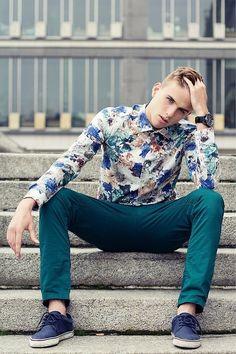 Maciek Obrebski x Floral #mensfashion. Absolutely love those teal pants.