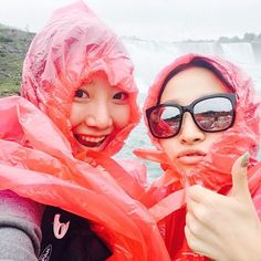 Instagram의 明明님: 홀딱 다 젖고 추워도 존잼  8시간 차타고 온 보람이 있네  #캐나다 #나이아가라 #미국 #미국여행 #selfie #셀스타그램