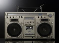 Vintage boombox.  DrmZ_ISP_STR_850_01 | von Radio DrmZ  .....................Please save this pin.   .............................. Because for vintage collectibles - Click on the following link!.. http://www.ebay.com/usr/prestige_online