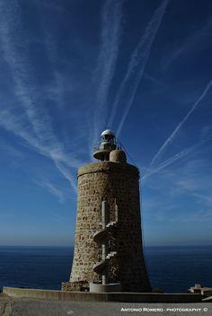 Faro Camarinal.  Zahara de los Atunes. Tarifa (Cádiz) by Antonio  Romero