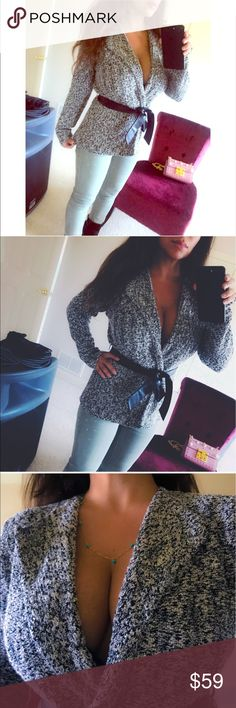 😻 Wrap sweater belt top cardigan dress up 😻 Beautiful wrap sweater by Classiques Entier  Size small Very subtle shimmer, perfect for the holidays  Preowned good condition  Paid almost $200 a few years ago ❤️ Can be worn so many cute ways 😻😻 Sweaters
