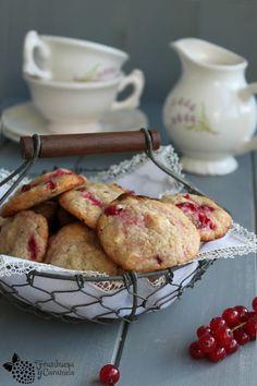 Galletas de grosellas y chocolate blanco | Cocinar en casa es facilisimo.com