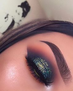 """5,875 Likes, 59 Comments - L U P E _ M U A  (@lupe_mua) on Instagram: """"I had to delete it because it wasn't showing the full eye look  Here we go again ✨ Glitter…"""""""