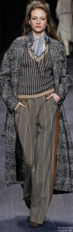 Fall 2016 Ready-to-Wear Trussardi