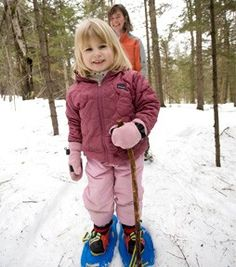 Go snowshoeing with the whole family! Kids and Snowshoeing: How to Get Started - REI Expert Advice