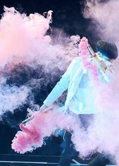 Color smoke in his Solo | via Tumblr
