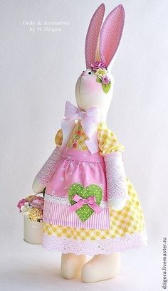 VK is the largest European social network with more than 100 million active users. Easter Gift, Easter Crafts, Easter Bunny, Bunny Outfit, Fancy Hats, Rabbit Toys, Cat Doll, Pretty Dolls, Waldorf Dolls