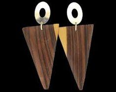 Resultado de imagem para imagens de brincos de madeira